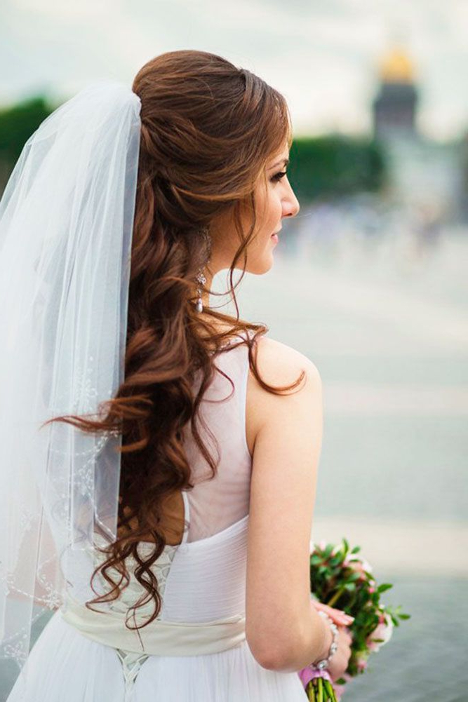 42 Wedding Hairstyles With Veil | Wedding Hair Styling | Pinterest Throughout Side Curls Bridal Hairstyles With Tiara And Lace Veil (View 7 of 25)