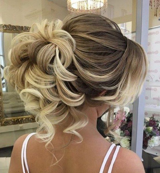 45 Most Romantic Wedding Hairstyles For Long Hair | Wedding Intended For Tender Shapely Curls Hairstyles For A Romantic Wedding Look (View 7 of 25)