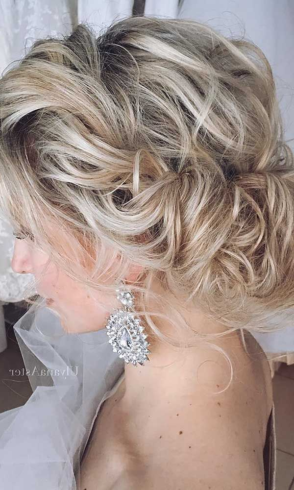 45 Short Wedding Hairstyle Ideas So Good You'd Want To Cut Hair For Wavy And Wispy Blonde Updo Wedding Hairstyles (View 14 of 25)