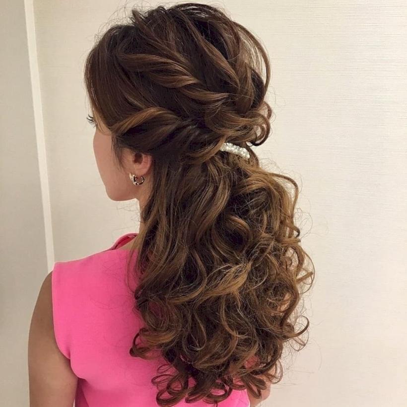 48 Beautiful Bridesmaid Hairstyles Half Up Ideas – Vis Wed In French Braided Halfdo Bridal Hairstyles (View 22 of 25)