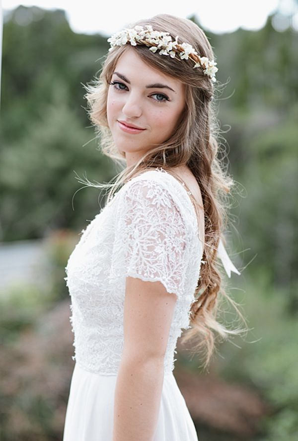 5 Easy, No Fuss And Diy Wedding Hairstyles For Brides With Long Hair Pertaining To Floral Crown Half Up Half Down Bridal Hairstyles (View 21 of 25)