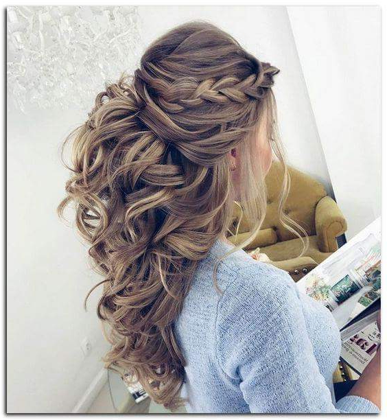 50+ Chic Wedding Hairstyles For The Perfect Bridal Look With Big And Fancy Curls Bridal Hairstyles (View 13 of 25)