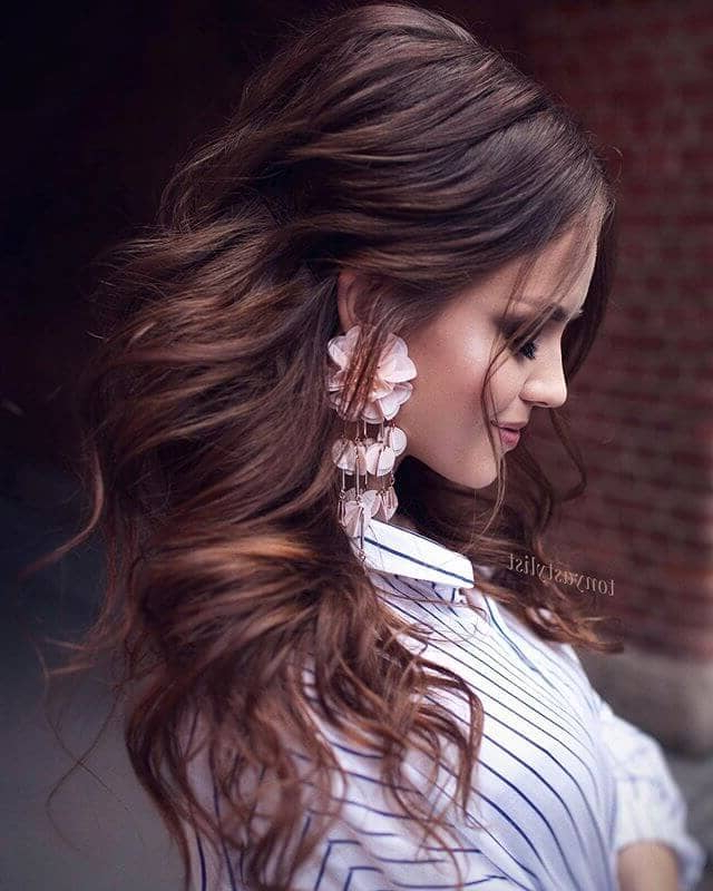 50 Modern Wedding Hairstyle Ideas For 2019 Within Wild Waves Bridal Hairstyles (View 8 of 25)