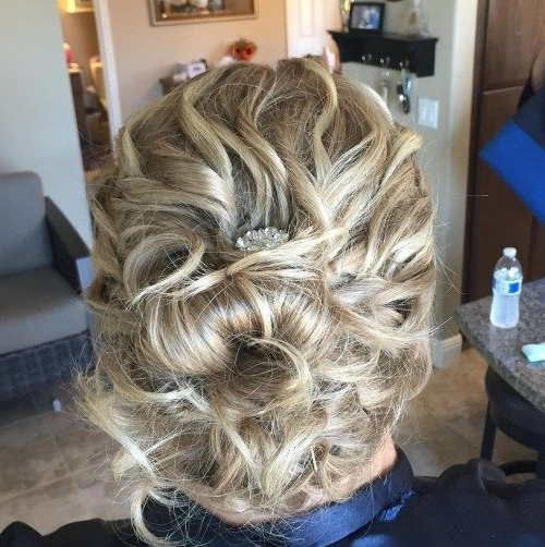 50 Ravishing Mother Of The Bride Hairstyles In 2018 | Today Within Curly Blonde Updo Hairstyles For Mother Of The Bride (View 10 of 25)