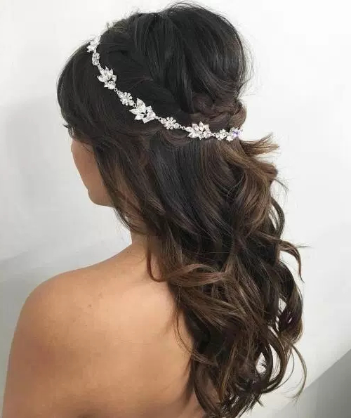 50 Stylish Half Up Half Down Wedding Hairstyles – Page 19 Of 51 For Crown Braid, Bouffant And Headpiece Bridal Hairstyles (View 2 of 25)