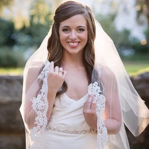 50 Stylish Half Up Half Down Wedding Hairstyles – Page 28 Of 51 Throughout Sides Parted Wedding Hairstyles (View 9 of 25)