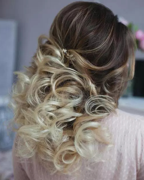 50 Stylish Half Up Half Down Wedding Hairstyles – Page 7 Of 51 Throughout Half Up Blonde Ombre Curls Bridal Hairstyles (View 3 of 25)