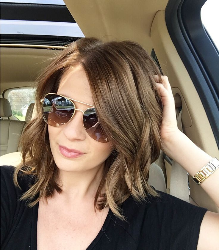 52 Medium Hair Cuts Styles You'll See Everywhere In 2019 | Hair Pertaining To Soft Shoulder Length Waves Wedding Hairstyles (View 9 of 25)