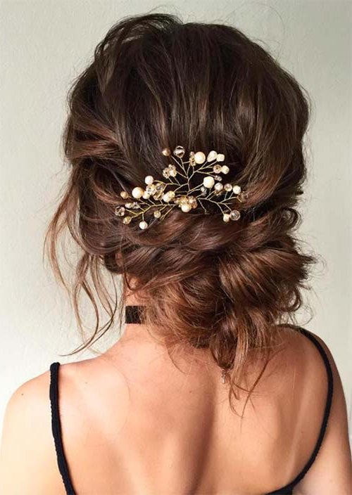 53 Swanky Wedding Updos For Every Bride To Be – Glowsly Regarding Messy Buns Updo Bridal Hairstyles (View 8 of 25)