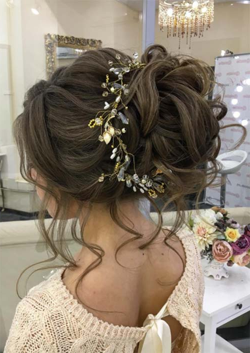 53 Swanky Wedding Updos For Every Bride To Be – Glowsly Within Large Bun Wedding Hairstyles With Messy Curls (View 19 of 25)