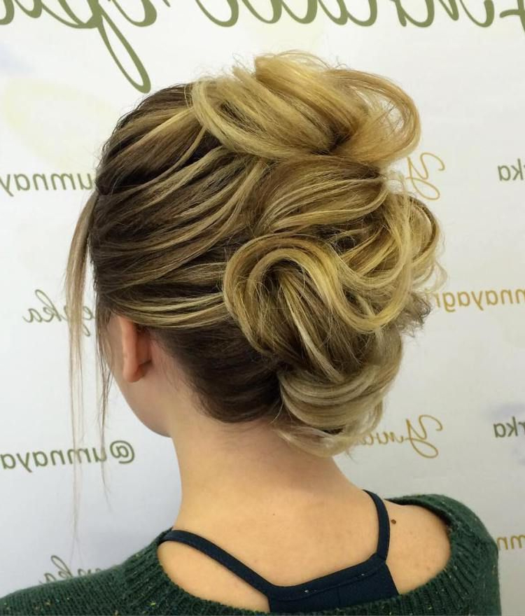 60 Updos For Thin Hair That Score Maximum Style Point In 2018 Regarding Messy French Roll Bridal Hairstyles (View 19 of 25)