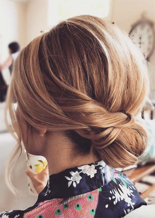 63 Creative Updos For Short Hair Perfect For Any Occasion – Glowsly Regarding Low Messy Chignon Bridal Hairstyles For Short Hair (Gallery 13 of 25)