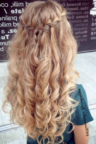 65 Stunning Prom Hairstyles For Long Hair For 2019 With Loose Updo Wedding Hairstyles With Whipped Curls (Gallery 15 of 25)