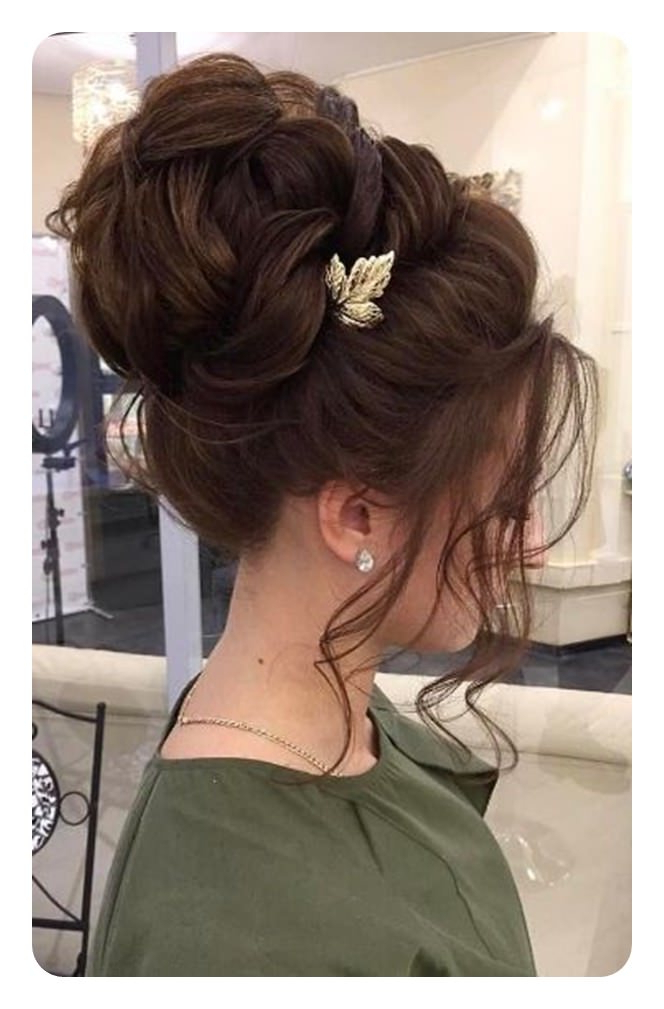 71 Unique Bridesmaid Hairstyles For The Big Day With Curled Bridal Hairstyles With Tendrils (Gallery 14 of 25)