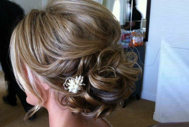 8 Bridal Hairstyles For Thin Hair | Style Presso Intended For Teased Wedding Hairstyles With Embellishment (Gallery 13 of 25)