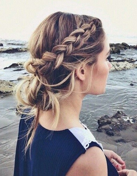 8 Game Changing Pinterest Braid Tutorials In 2019 | Hair 'n' Makeup Within Destructed Messy Curly Bun Hairstyles For Wedding (View 8 of 25)