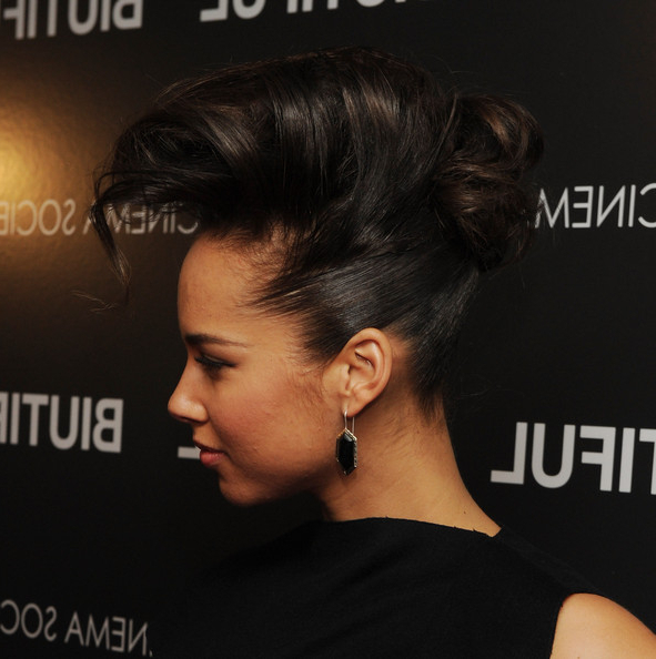 Alicia Keys Pompadour In 2018 | Cute Hair | Pinterest | Hair Styles Intended For Pompadour Bun Hairstyles For Wedding (View 17 of 25)