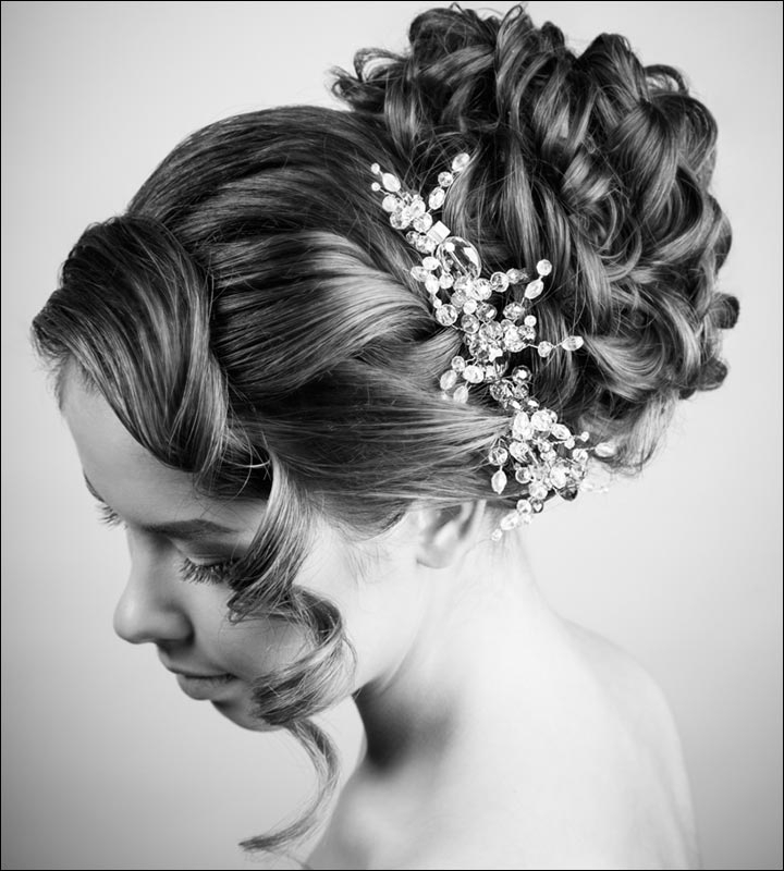 Bridal Hairstyles: 38 Gorgeous Looks For This Wedding Season Inside Large Bun Wedding Hairstyles With Messy Curls (View 7 of 25)