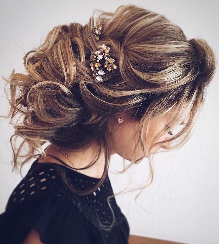 Chic Messy Bridal Hair Updo | Prom | Wedding Hairstyles, Wedding Throughout Messy Bridal Updo Bridal Hairstyles (View 15 of 25)