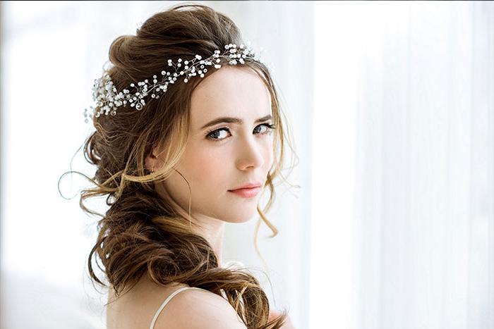 Contemporary Bridal Hairstyles Which Won Our Hearts (View 25 of 25)