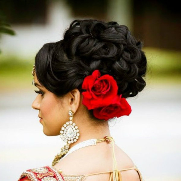 Design Your Dream Wedding | Contemporary Bridal Hairstyle – 5 With Big And Fancy Curls Bridal Hairstyles (View 9 of 25)