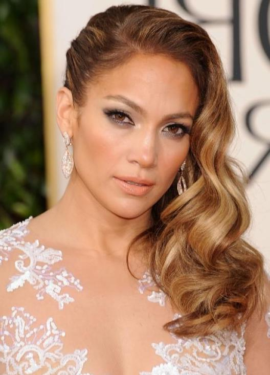 Glamorous One Sided Hairstyles – Fashionsy Intended For Curls Clipped To The Side Bridal Hairstyles (Gallery 20 of 25)