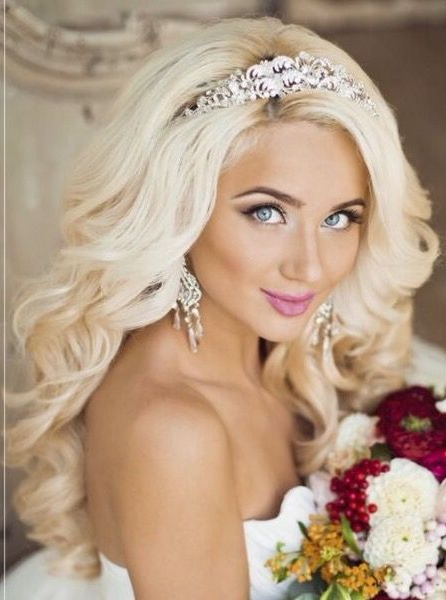 Gorgeous Bleach Blonde Bride? | Hair:) | Pinterest | Blonde Bride Intended For Blonde And Bubbly Hairstyles For Wedding (View 7 of 25)