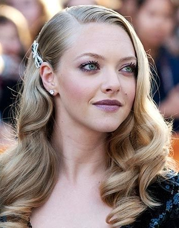 Gorgeous Vintage Curls – Love The One Side Pinned Back ~ We ? This In Curls Clipped To The Side Bridal Hairstyles (View 16 of 25)
