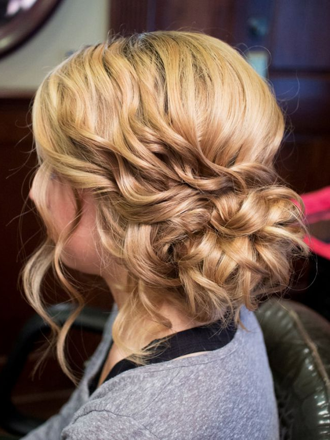 Hairstyles For Short Hair Hairstyles For Short Hair Hairstyles With Curly Bun Bridal Updos For Shorter Hair (View 17 of 25)