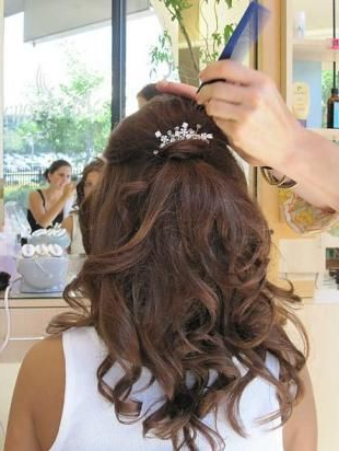 Half Up Hair With Jewel Clip Or Comb, And Maybe Add One Of Those Inside Half Up Wedding Hairstyles With Jeweled Clip (View 6 of 25)
