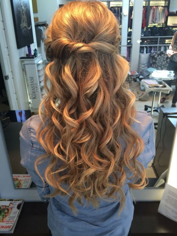 Half Up Half Down Wedding Hair With Big Curls ~ We ? This For Golden Half Up Half Down Curls Bridal Hairstyles (View 3 of 25)