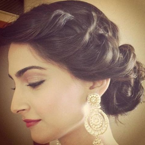 Indian Wedding Hairstyles For Indian Brides Up Dos, Braids, Loose Pertaining To Curled Side Updo Hairstyles With Hair Jewelry (View 18 of 25)
