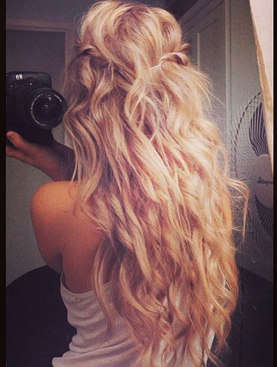 Instagram Insta Glam: Beach Hair | Beach Blonde Waves | Pinterest For Blonde And Bubbly Hairstyles For Wedding (View 2 of 25)