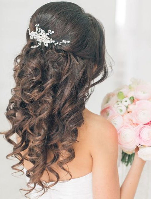 Jaw Dropping Curly Wedding Hairstyles 2018 For Your Big Day Regarding Big And Fancy Curls Bridal Hairstyles (View 21 of 25)