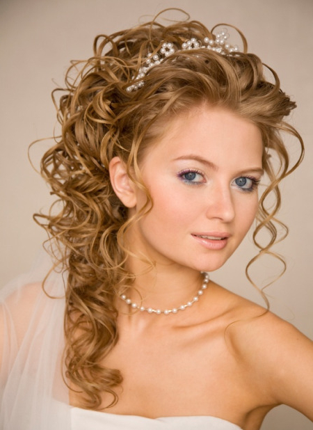 Long Curly Wedding Hairstyles With Tiara Intended For Long Curly Bridal Hairstyles With A Tiara (View 18 of 25)