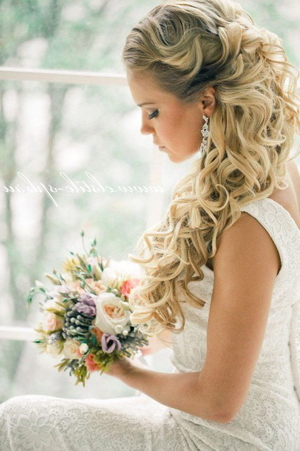 Loose Curls Wedding Hair Throughout Loose Curls Hairstyles For Wedding (View 21 of 25)