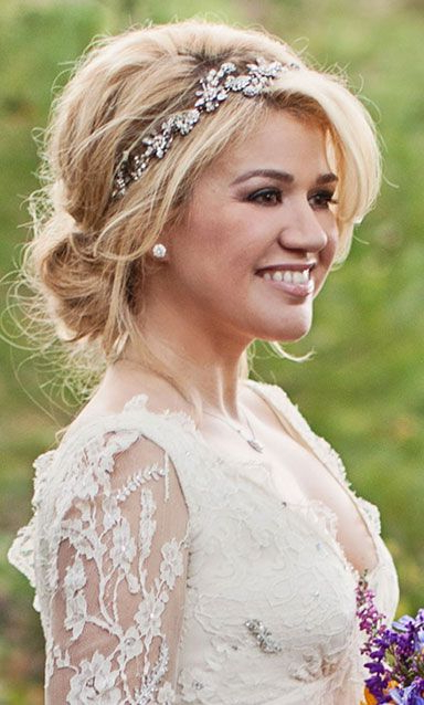 Love The Wedding Hairstyle With The Headband | Bridesmaid Shizz In Soft Wedding Updos With Headband (View 2 of 25)