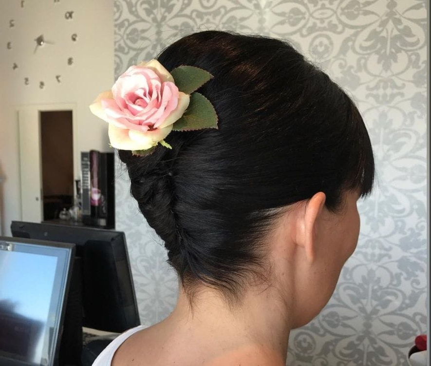 Mother Of The Bride Hairstyles: 15 Fancy Long And Short Styles That Pertaining To Twist, Curl And Tuck Hairstyles For Mother Of The Bride (View 21 of 25)