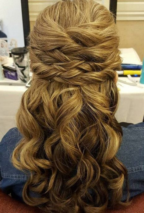 Sectioned Twist Half Up And Half Down Wedding Hairstyles | Wedding in Sectioned Twist Bridal Hairstyles
