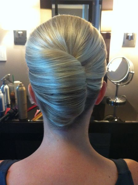 She Used Flat Twists To Create Fabulous Summer Curls On Short Regarding Sleek French Knot Hairstyles With Curls (View 16 of 25)