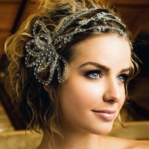 Featured Photo of Short Wedding Hairstyles With A Swanky Headband