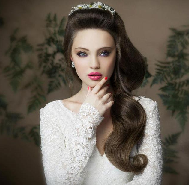 Super Cute Bridal Hairstyles Every Girl Would Love To Wear In Voluminous Side Wedding Updos (View 21 of 25)