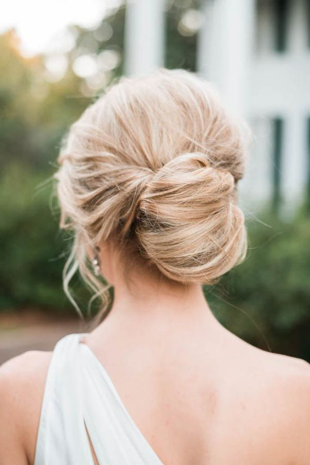 The 20 Most Pinned Wedding Hairstyles From 2016 | Weddingsonline Pertaining To Pinned Back Tousled Waves Bridal Hairstyles (View 18 of 25)