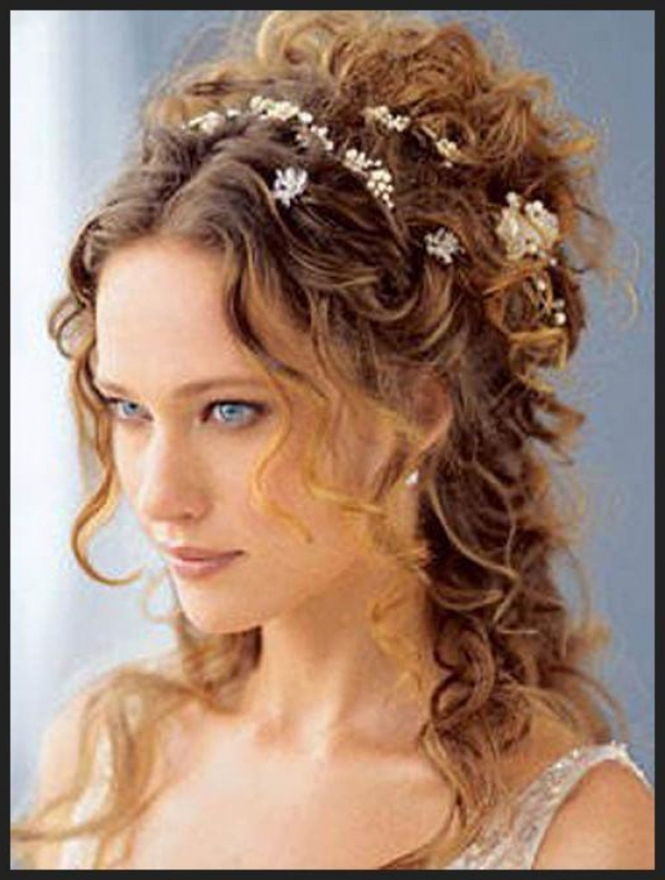 The Black Fashion World: Naturally Curly Wedding Hairstyles Wedding Inside Naturally Curly Wedding Hairstyles (View 11 of 25)