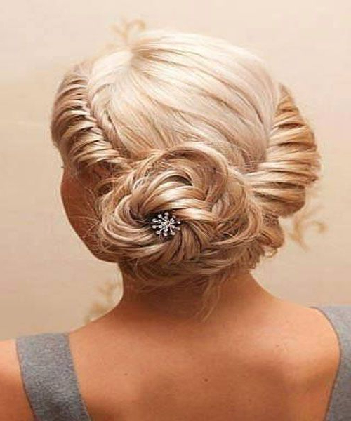The Infinity Low Do. | Prom Hairstyles (View 5 of 25)