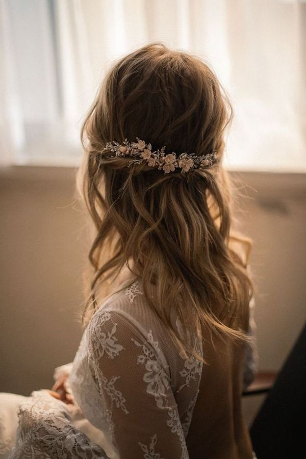 Top 8 Wedding Hairstyles For Bridal Veils Intended For Loose Curly Half Updo Wedding Hairstyles With Bouffant (View 24 of 25)