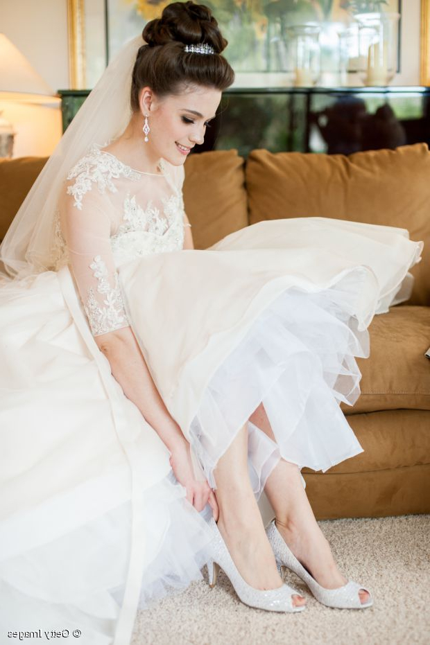 Veil Friendly Bridal Hair Tutorial: The High Chignon With Blonde Half Up Bridal Hairstyles With Veil (View 23 of 25)