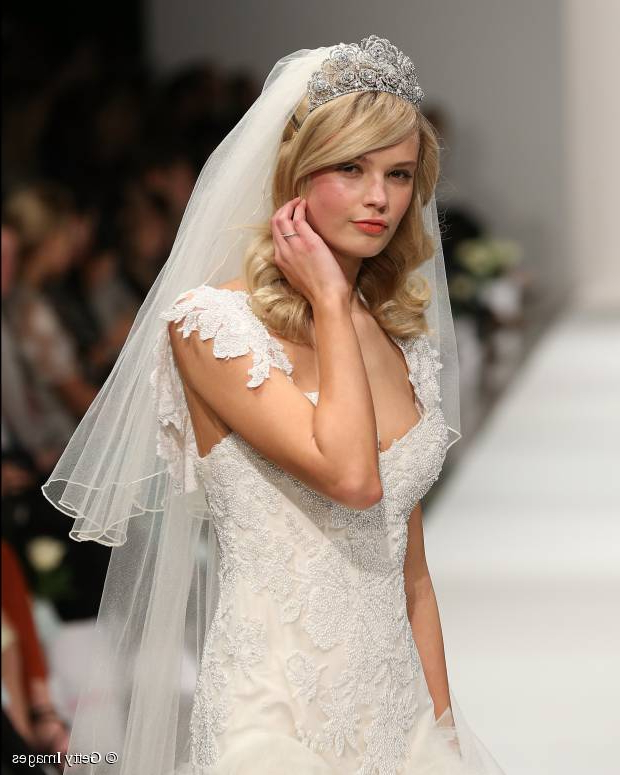 Wedding Hairstyle Ideas: How To Get Classic Waves With Regard To Sides Parted Wedding Hairstyles (View 2 of 25)