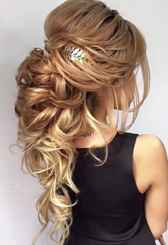 Wedding Hairstyle Inspiration For Big And Fancy Curls Bridal Hairstyles (View 10 of 25)