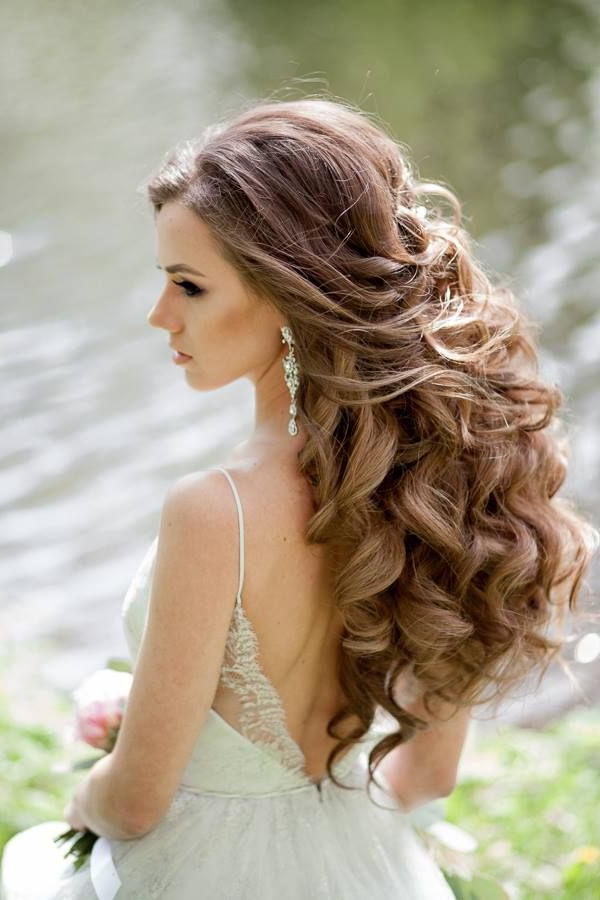 Wedding Hairstyles For A Gorgeous Wavy Look | Weddingshappily Inside Voluminous Side Wedding Updos (View 3 of 25)